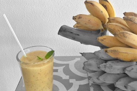 banana smoothie chia seeds