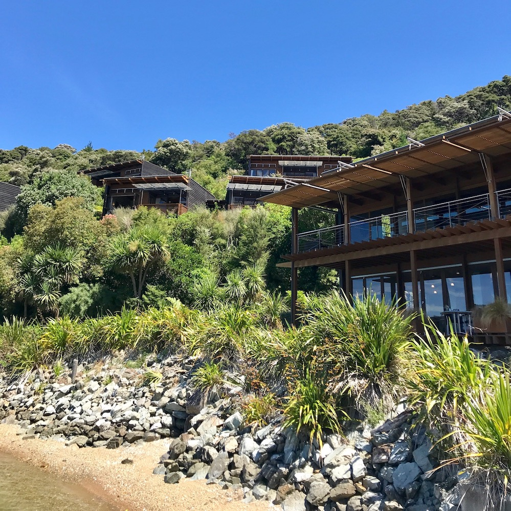 luxury lodges bay of many coves