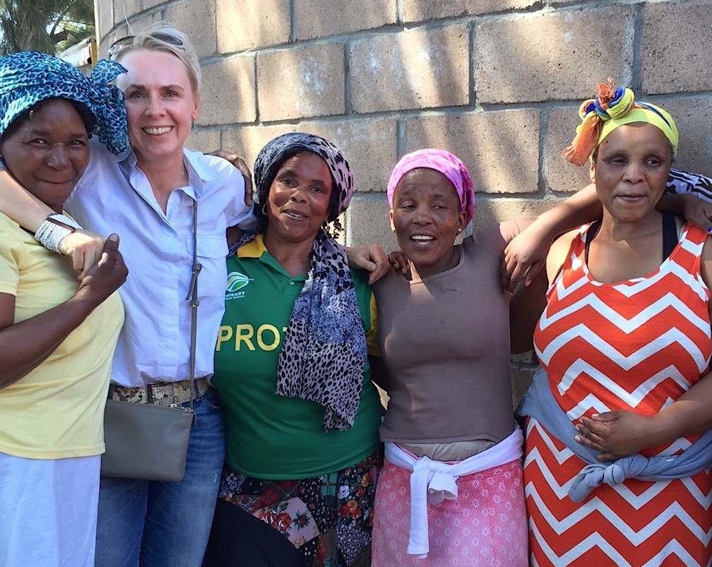 Travel Hero Orange Babies Capetown